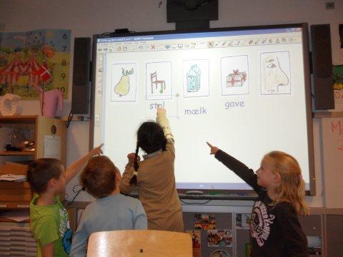 smartboard elever peger